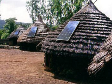 Rural solar electrification. Image credit: www.greenbiosolar.com