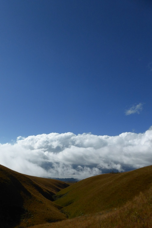 kitulo-blue-sky